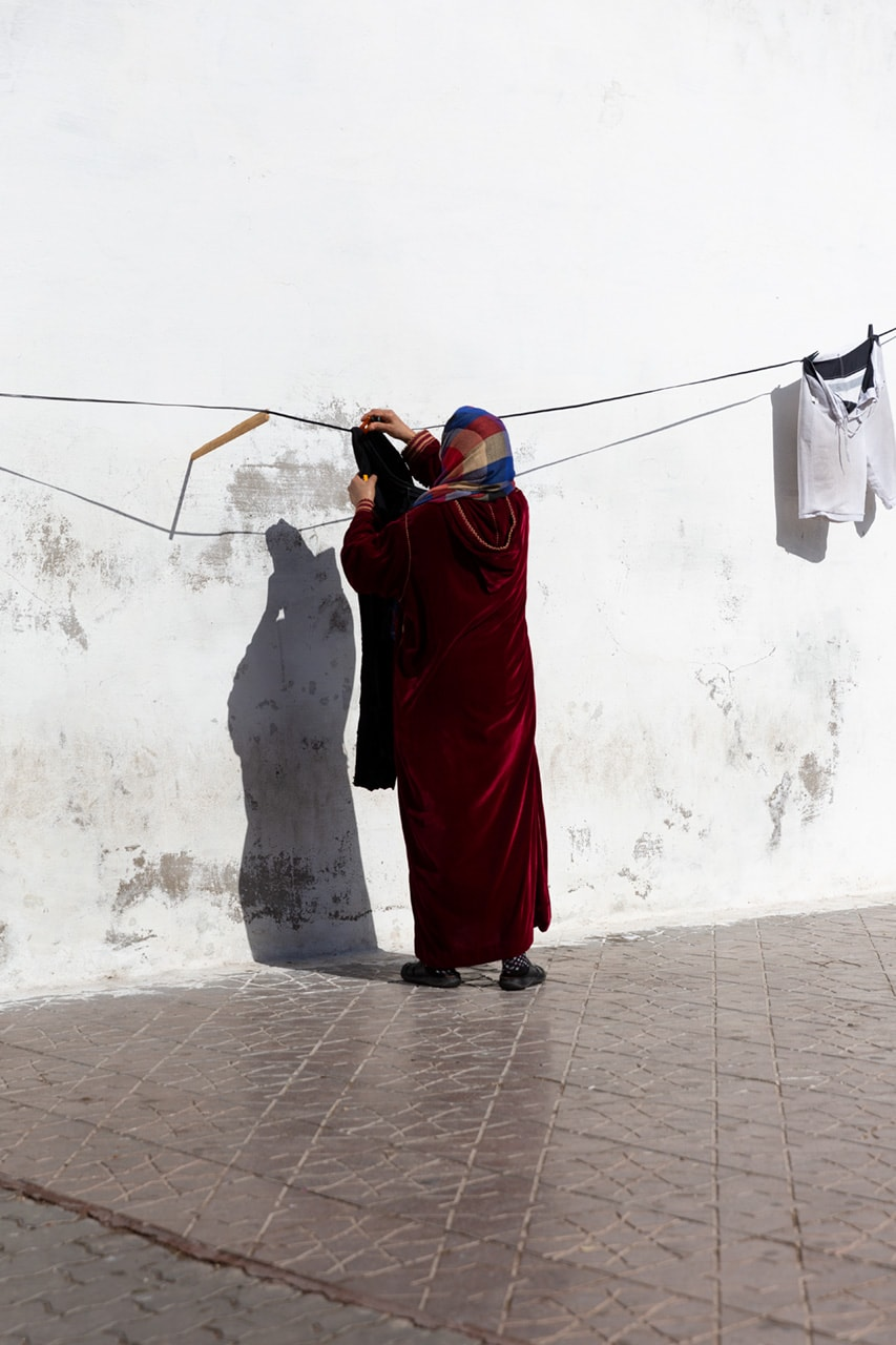 Julian Mullan, Morocco, Woman with Laundry